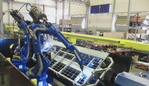 soldadura 300x174 - Automatización y robótica industrial | Robots soldadura con mesa posicionadora servocontrolada
